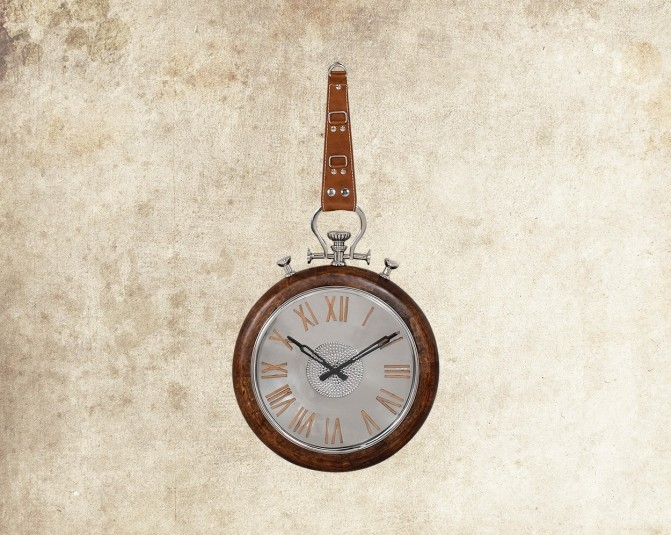 Daza Wall Clock Main Image