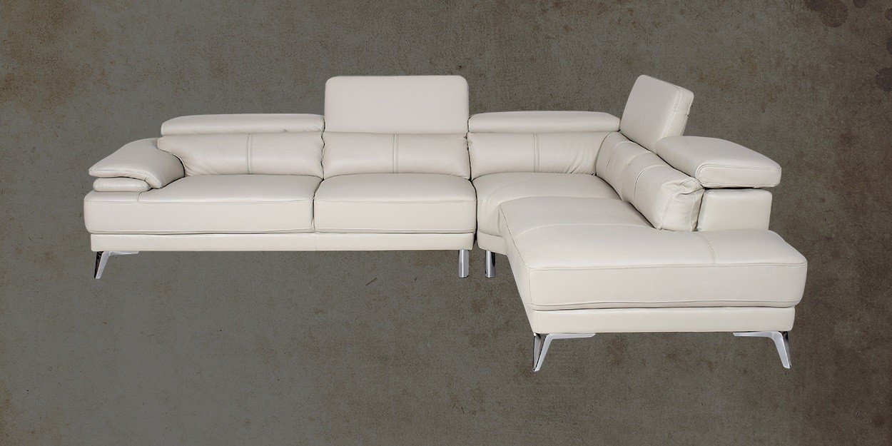 Savonna Leather Sectional Sofa Right View