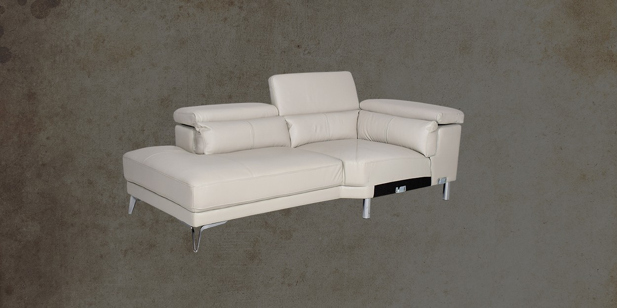 Savonna Leather Sectional Sofa Chaise Sofa Side View