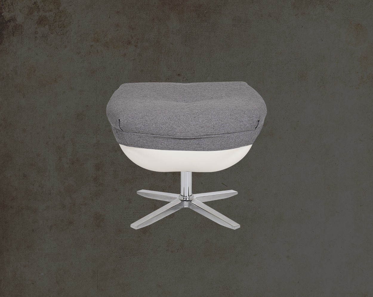 Verlin Leisure Chair  Front View