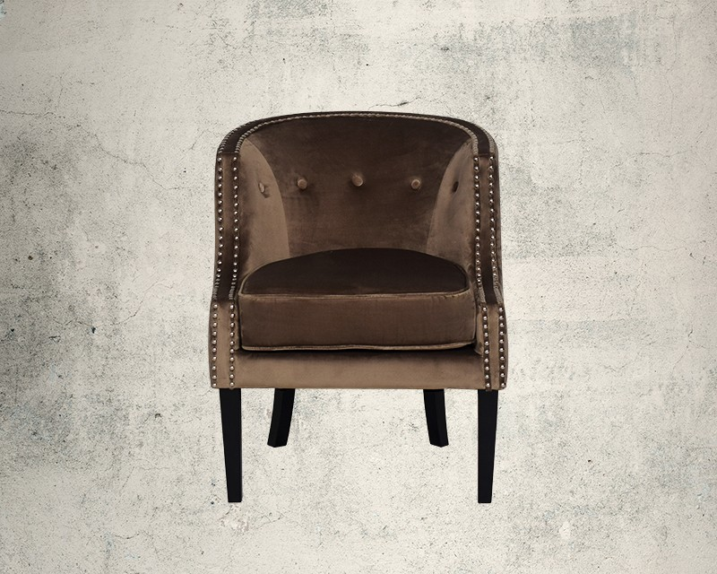 Quinta Fabric Wing Chair Front View